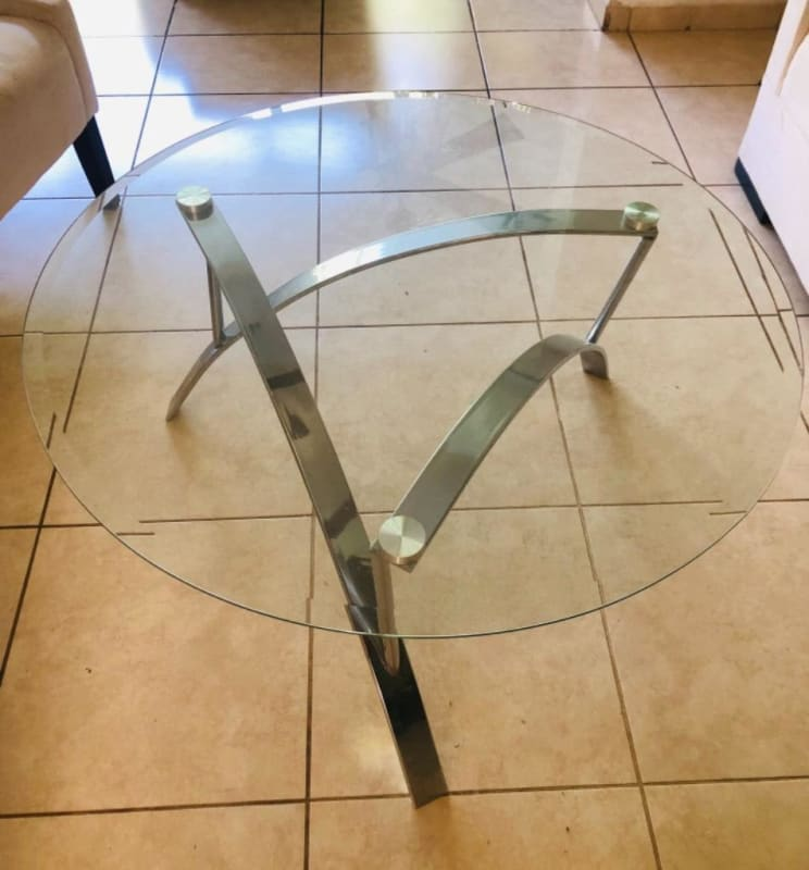 Hermosa mesa importada