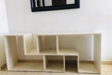 Mueble hecho de madera de cedro